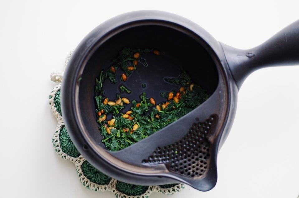 Hachimanju Genmaicha tea. Foto by Jurga Po Alessi | Prima Infusione tea blog